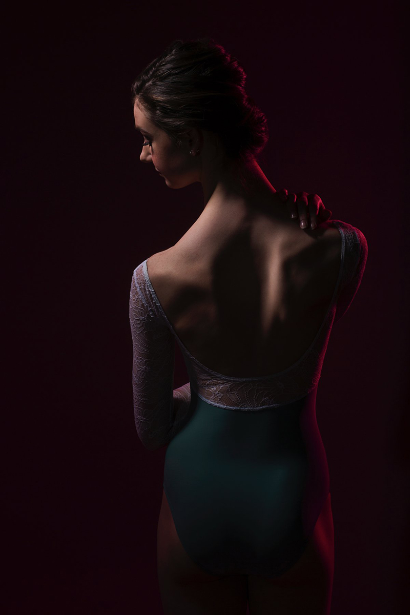 coloradoballetstudiophotographerballerinacloseup